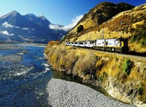 Christchurch to Glaciers inc Tranz Alpine Train