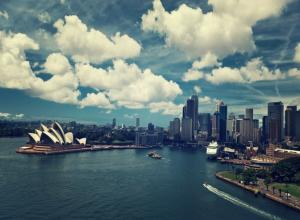 GOLD COAST - BRISBANE - SYDNEY