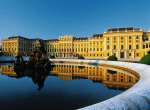 Vienna - City tour with Schonbrunn palace